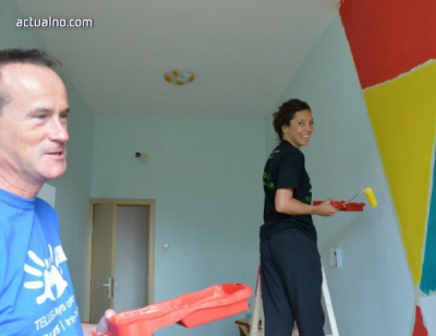 800 volunteers repaired the school for children with hearing loss in Sofia